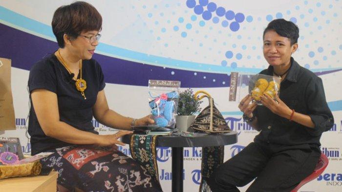 Feby saat di wawancarai Tribun News Kupang